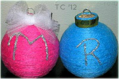 Initial Yarn Ornament2